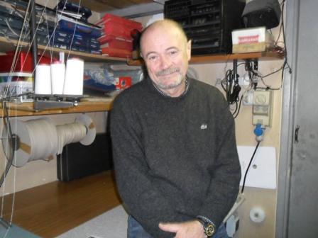 Marco De Santis, tappezziere artigiano a Centocelle dal 1966