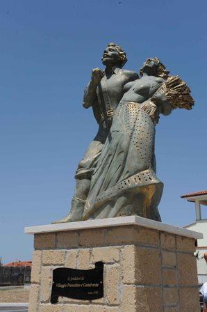VIII Municipio, Alemanno inaugura statua dedicata a fondatori Villaggio Prenestino e Castelverde