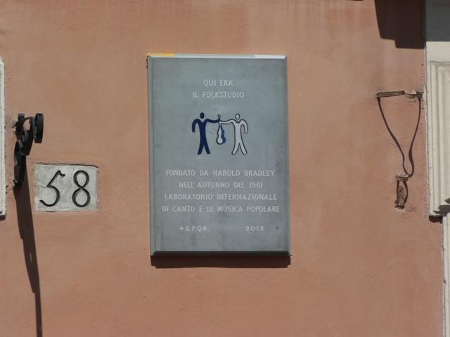 Trastevere, targa per celebrare memoria folkstudio