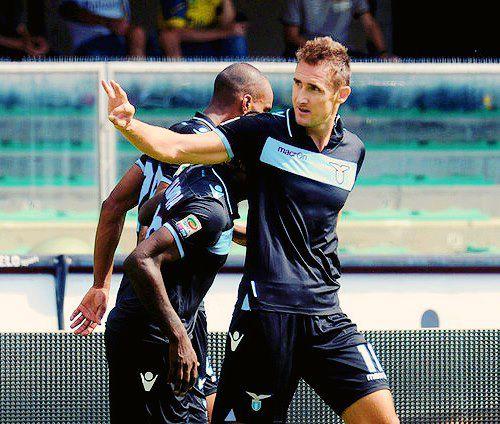 La Lazio continua a volare, annichilito il Pescara