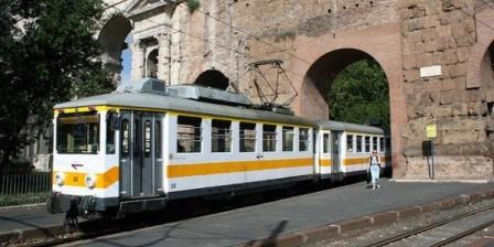 Aggressione sulla linea ferroviaria Termini-Giardinetti