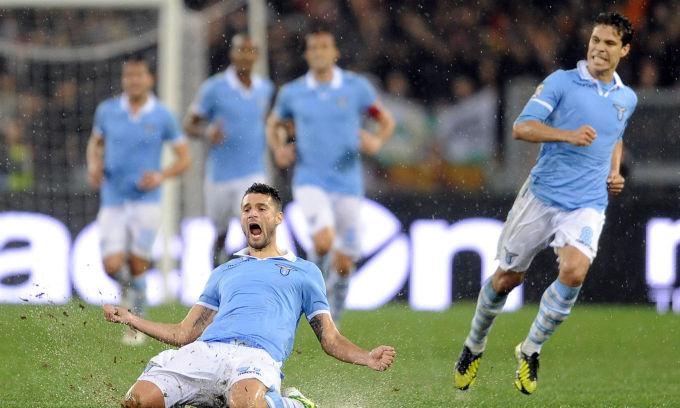 La Lazio più forte di tutto. Vince il derby 3-2