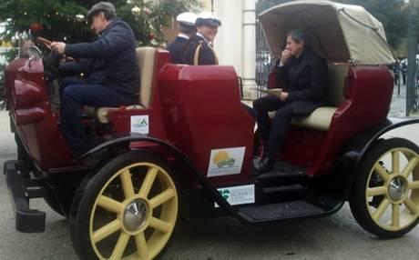 La carrozza elettrica debutta a Villa Borghese