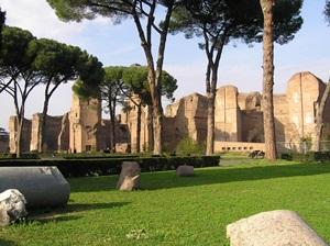 Stop alle feste organizzate lungo viale delle Terme di Caracalla
