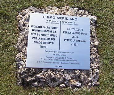 Una targa nei Giardini Vaticani per evidenziare il passaggio del primo meridiano d'Italia