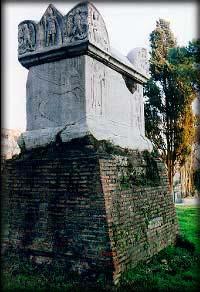 Il monumento funebre sulla via Cassia non è la Tomba di Nerone