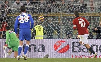 Con un Totti super la Roma torna a vincere