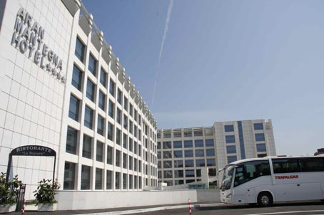 Entro una settimana prevista la chiusura dell'Hotel Mantegna a Tor Marancia