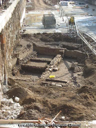 La topografia antica del quartiere Metronio e gli scavi archeologici di piazza Epiro