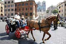 Carrozze elettriche al posto delle botticelle romane