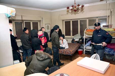 25 cinesi stipati in un unico appartamento di 70 mq a Centocelle