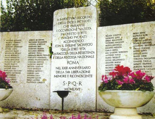 Forte Bravetta: monumento della Resistenza romana occupato dai mezzi dell'AMA