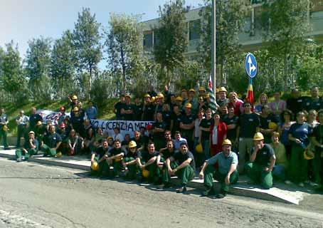Lavoratori Basf in sciopero contro i licenziamenti