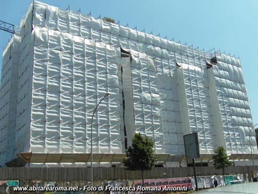 Sigilli al cantiere in costruzione \'Terrazze dei Colli\' nel XVI ...