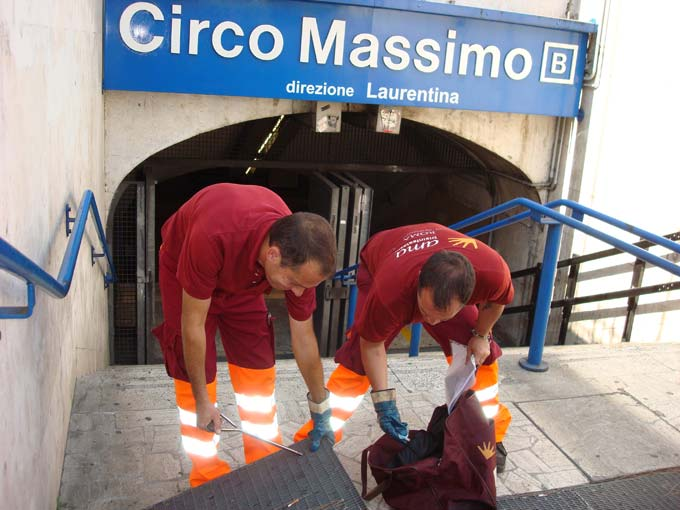 Derattizzate tutte le fermate della metropolitana romana