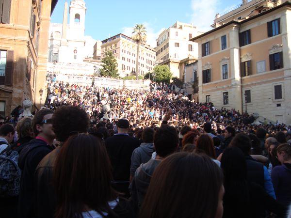 Roma Flash Mob: stavolta si è ballato da piazza del Popolo a Trinità dei Monti