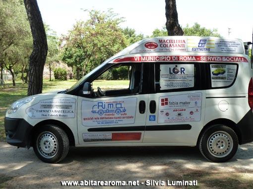 Consegnata la prima autovettura per disabili e anziani del VI municipio