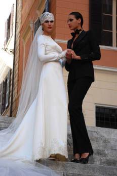 Altaroma tra magiche notti, pizzi da sogno e spose gay