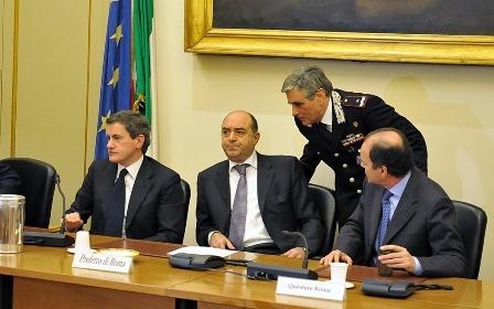 Vertice Sicurezza, Alemanno e Mantovano in prefettura