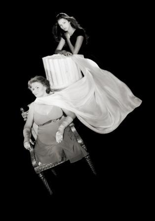 Presentato il calendario 2012 'Donne che vincono'