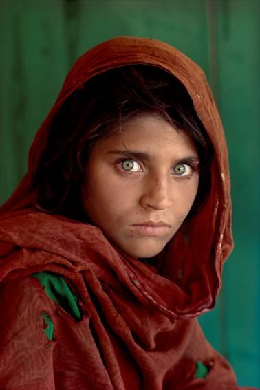 Steve McCurry dal 3 dicembre 2011 al 29 aprile 2012 al MACRO Testaccio – La Pelanda
