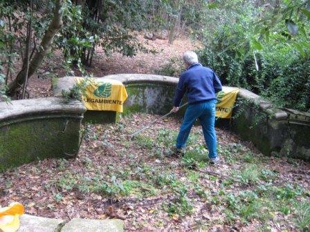 Nel parco di Villa Ada 'Alla fonte della Cultura', ripulita la fontana esterna di Villa Polissena